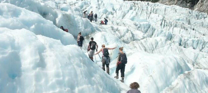 Most Famous Tourists Attractions In Newzealand